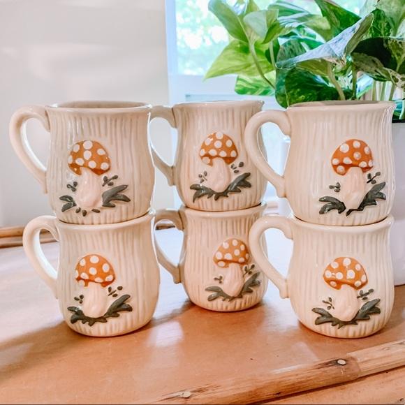 SET OF 6 Vintage 1978 Retro Merry Mushroom Mugs